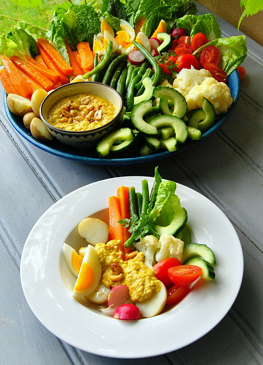 Gado-Gado: a hot & cold salad with a spicy peanut sauce